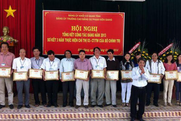 hoinghi6D48ED12-BA5E-CD22-928F-1009455B9AED.jpg